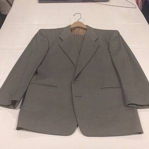 Mani men's suit olive green 40R